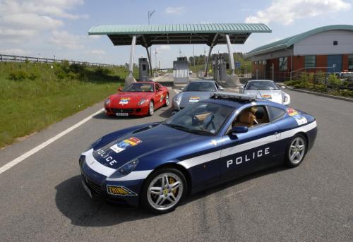 ferrari-612scaglietti-police-5